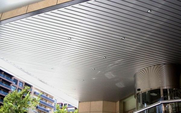 Techos de aluminio decorativos desmontables - Revestimiento de techos ...