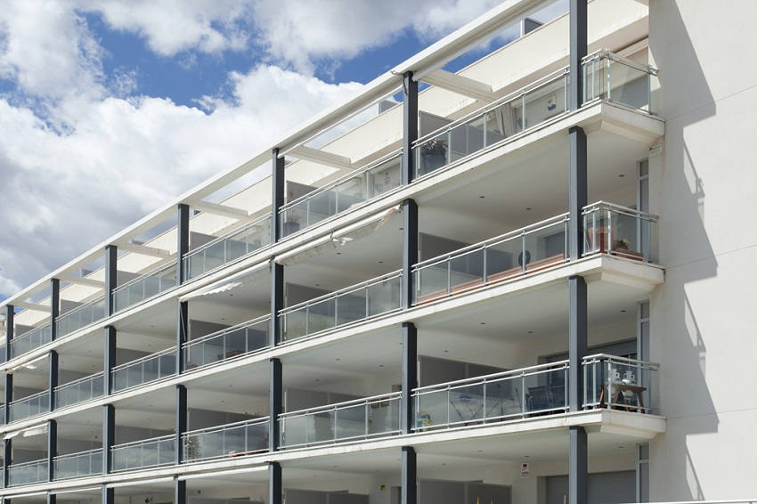 Seaside Apartments Building – Calafell